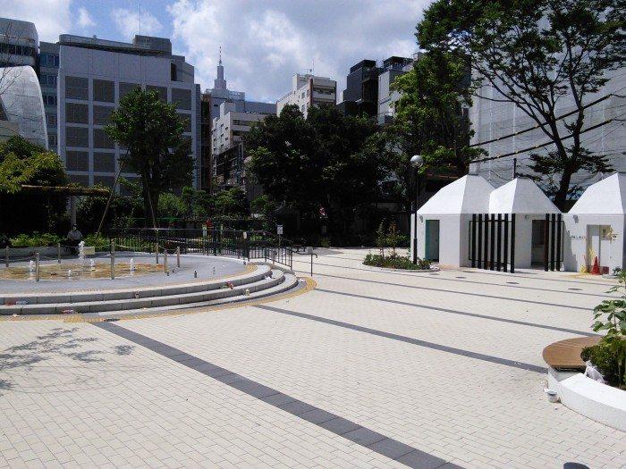 新宿公園にやってきました