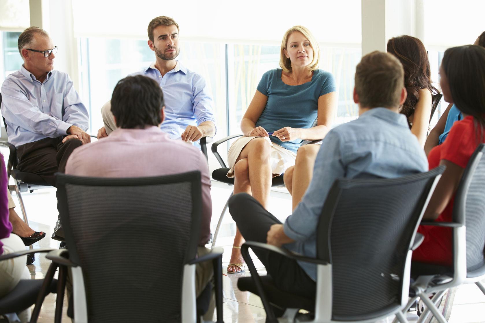 peer-group-meeting-photo