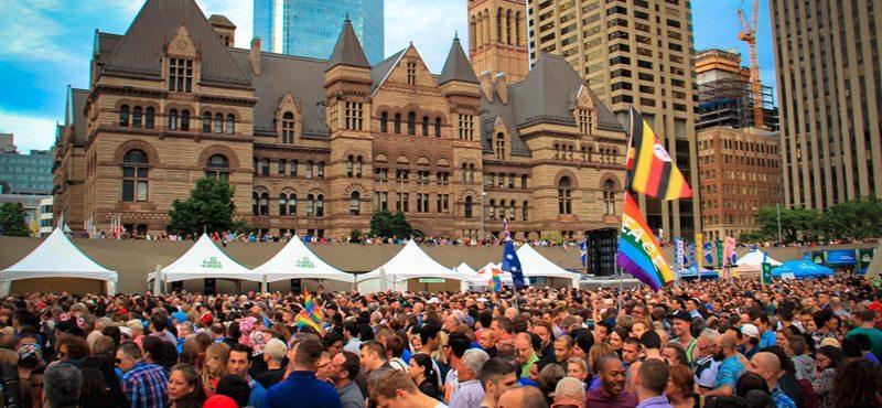 Gay Villageと呼ばれるChurch Streetを中心にパレード開催の週末はStreet Fairが開催されます。 画像引用元 http://www.gaytravel4u.com/event/gay-pride-toronto/