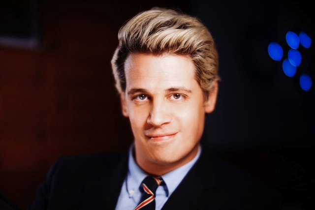 マイロ・ヤノプロス 画像引用元 http://www.breitbart.com/big-government/2015/12/15/queer-eye-for-the-gop-guys-yiannopoulos-on-the-cnn-debate/