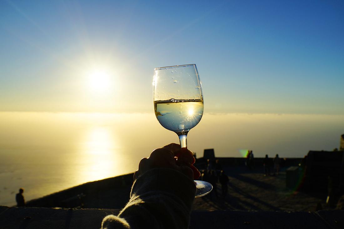 テーブルマウンテンで飲むワイン
