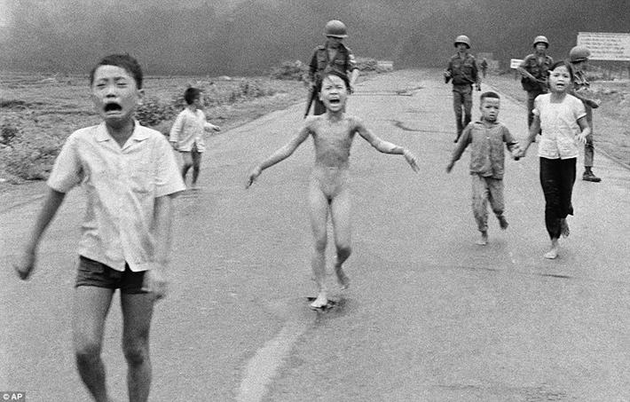 戦争の恐怖:http://historydaily.org/wp-content/uploads/2015/12/Vietnam-War-11.jpg