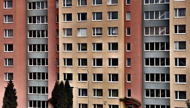 lgbt-finance-house