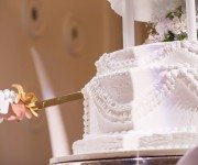 wedding cake about lgbt wedding