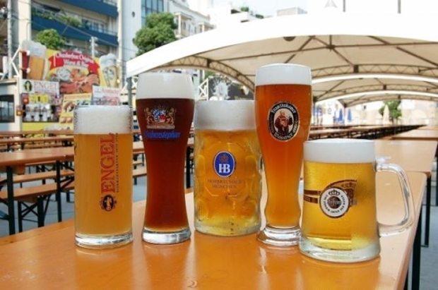 oktoberfest, popular festival among lgbt